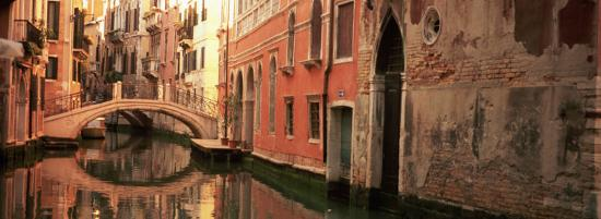 reflection-of-buildings-in-water-venice-italy