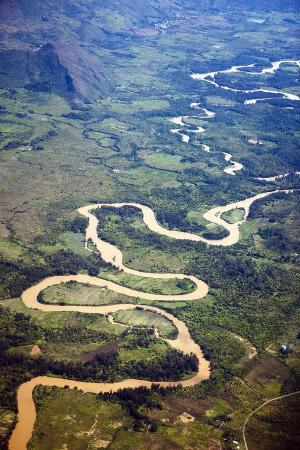 reinhard-dirscherl-meandering-wamena-river-baliem-valley-west-papua-indonesia