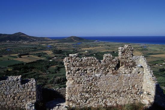 remains-of-defensive-walls