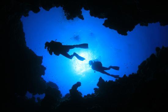 rich-carey-cave-diving