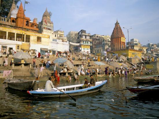 richard-ashworth-hindu-sacred-river-ganges-at-dasasvamedha-ghat-varanasi-uttar-pradesh-state-india