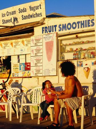 richard-cummins-boardwalk-ice-cream-shop-on-pacific-beach-in-san-diego-san-diego-california