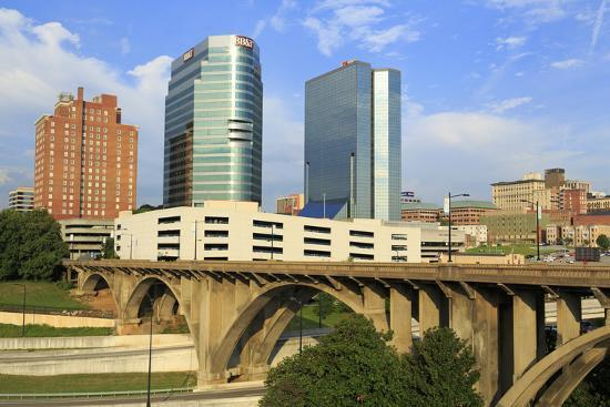 richard-cummins-downtown-skyline-knoxville-tennessee-united-states-of-america-north-america