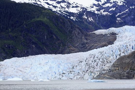 richard-cummins-mendenhall-glacier-juneau-alaska-united-states-of-america-north-america