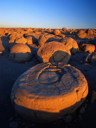 richard-cummins-pumpkin-patch-concretions