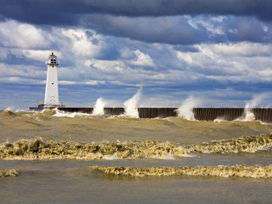 richard-cummins-sodus-outer-lighthouse-sodus-point-greater-rochester-area-new-york-state-usa