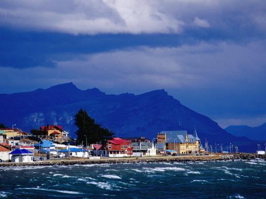 richard-i-anson-shore-of-seno-ultima-esperanza-last-hope-sound-patagonia-puerto-natales-chile