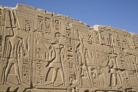 richard-maschmeyer-bas-relief-of-pharaohs-and-gods-karnak-temple-luxor-thebes-egypt-north-africa-africa