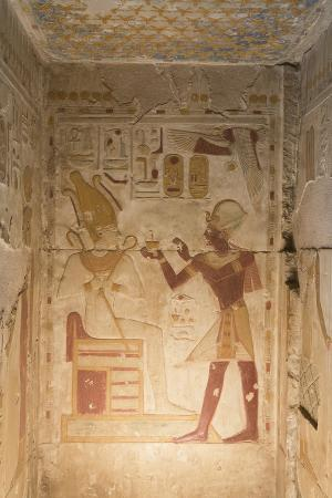 richard-maschmeyer-bas-relief-pharaoh-seti-i-on-right-temple-of-seti-i-abydos-egypt-north-africa-africa