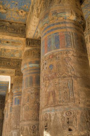 richard-maschmeyer-columns-in-second-court-medinet-habu-mortuary-temple-of-ramses-iii-west-bank