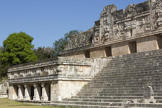 richard-maschmeyer-nuns-quadrangle-uxmal-mayan-archaeological-site-yucatan-mexico-north-america