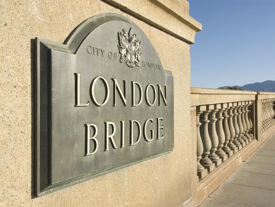 richard-maschmeyer-original-sign-at-east-end-of-bridge-london-bridge-havasu-arizona-united-states-of-america-nort