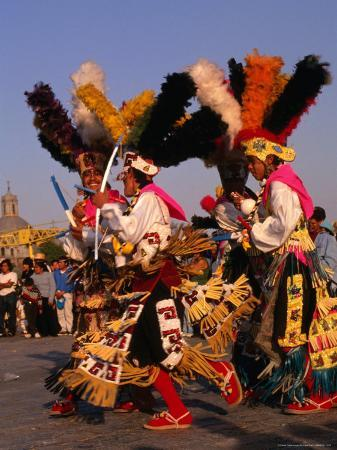 rick-gerharter-native-dancers-from-tlaxcala-performing-outside-the-basilica-de-guadalupe-mexico-city-mexico