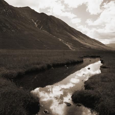 river-in-glacial-valley