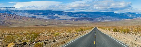 road-passing-through-a-desert-death-valley-death-valley-national-park-california-usa