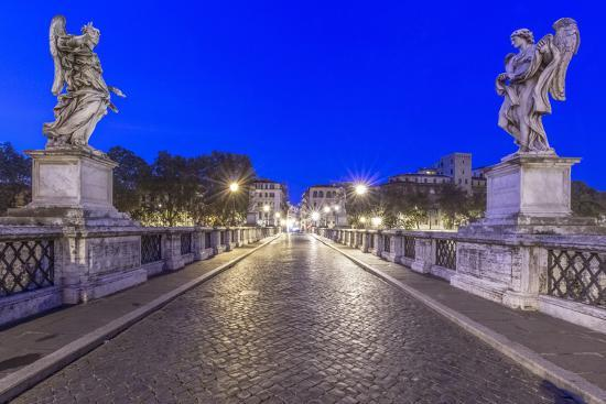 rob-tilley-italy-rome-ponte-sant-angelo-at-dawn