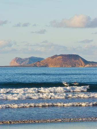 robert-francis-graciosa-island-beyond-lanzarote-s-finest-surf-beach-at-famara-canary-islands