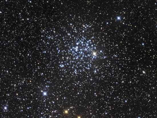 robert-gendler-m52-open-cluster-in-cassiopeia
