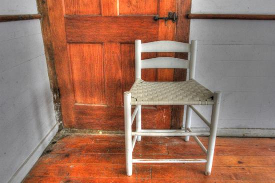 robert-goldwitz-house-corner-chair