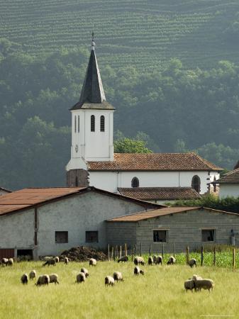 robert-harding-church-in-countryside-near-saint-jean-pied-de-port-basque-country-aquitaine-france