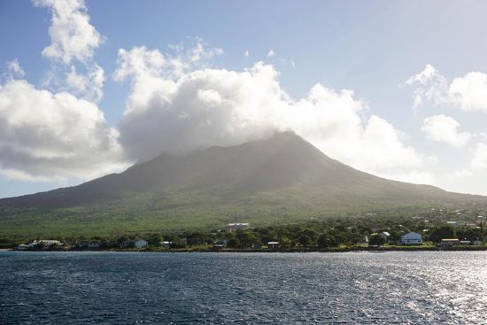 robert-harding-mount-nevis-st-kitts-and-nevis-leeward-islands-west-indies-caribbean-central-america