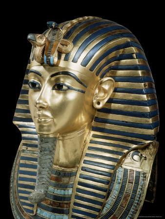 robert-harding-tutankhamun-s-funeral-mask-in-solid-gold-inlaid-with-semi-precious-stones-thebes-egypt
