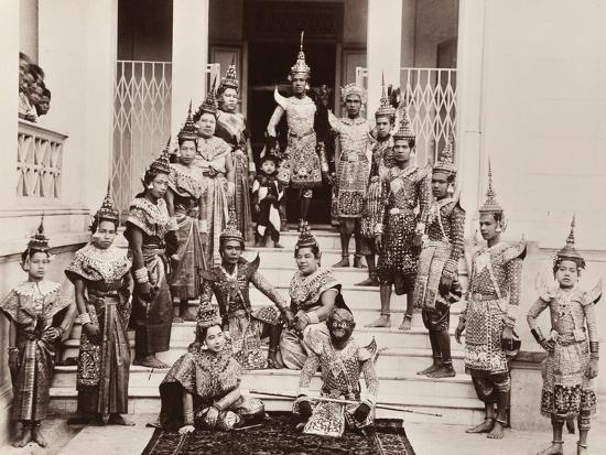 robert-lenz-thai-classical-dancers-c-1900