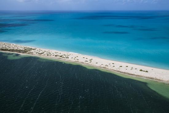 roberto-moiola-barbuda-antigua-and-barbuda-leeward-islands-west-indies