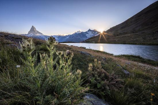 roberto-moiola-sunset-at-lake-stellisee-with-the-matterhorn-in-the-background-swiss-alps