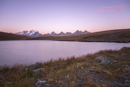 roberto-moiola-sunset-on-rosset-lake-at-an-altitude-of-2709-meters