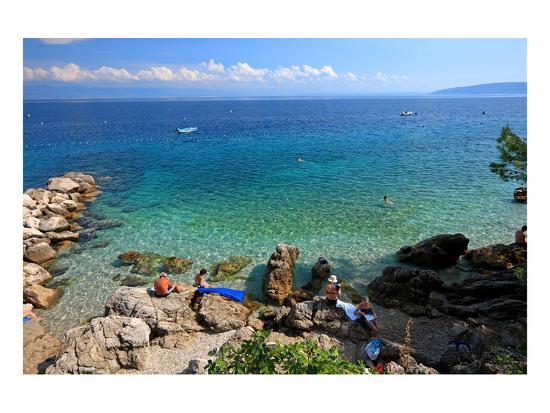 rocks-on-the-beach-of-moscenicka-draga-near-opatija-istria-croatia