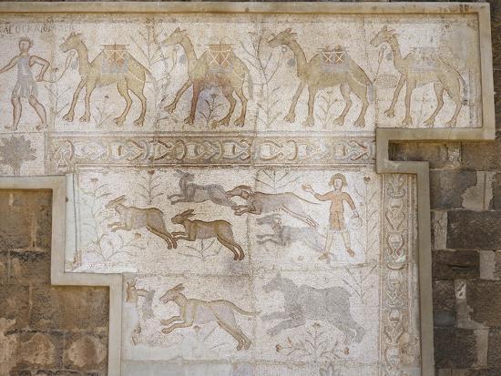 roman-mosaic-at-the-theatre-of-bosra-syria