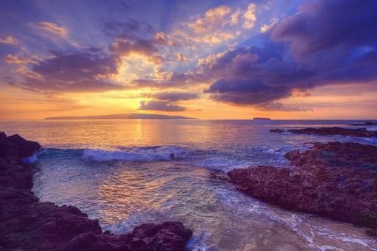 ron-dahlquist-sunset-at-maui-wai-or-secret-beach-on-maui-in-hawaii
