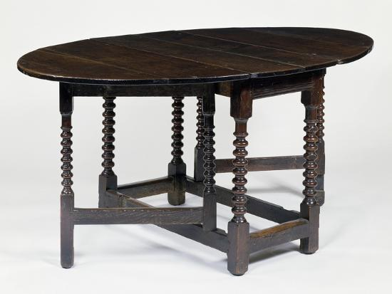 round-table-with-gate-legs-in-oak-and-elm-circa-1680-england