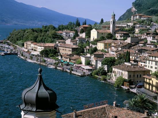 roy-rainford-limone-lake-garda-italian-lakes-lombardy-italy