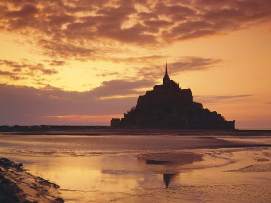roy-rainford-mont-saint-michel-mont-st-michel-at-sunset-la-manche-region-normandy-france-europe