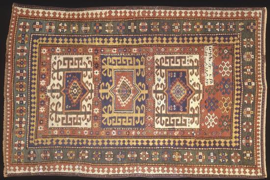 rugs-and-carpets-soviet-union-carpet-detail