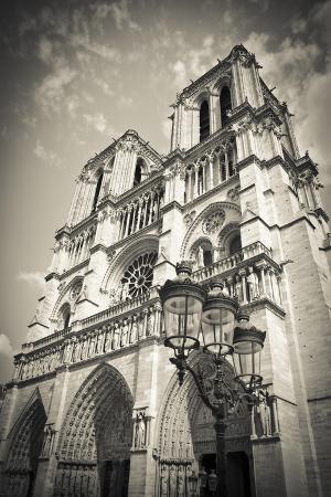 russ-bishop-notre-dame-cathedral-paris-france