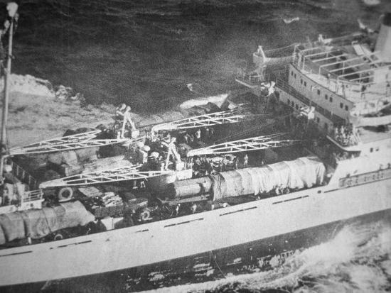 russian-missiles-on-a-soviet-ship-en-route-to-cuba-1962