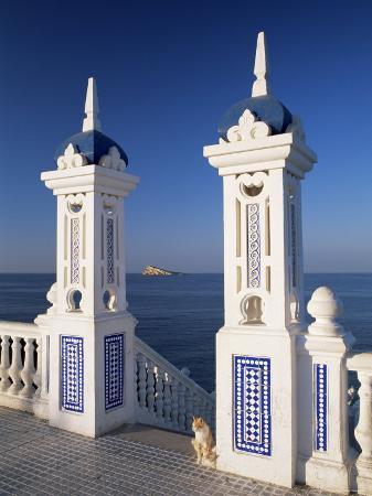 ruth-tomlinson-view-to-benidorm-island-from-the-balcon-del-mediterraneo-costa-blanca-valencia-spain