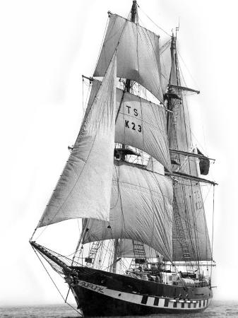 sail-training-ship-royalist-march-1976