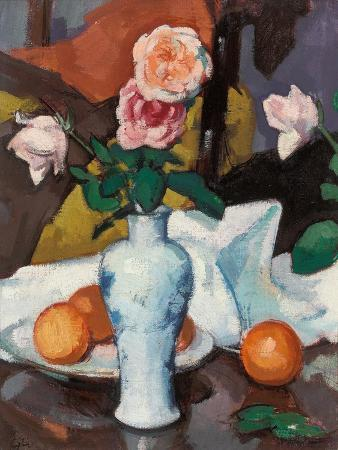 samuel-john-peploe-roses-in-a-vase-with-oranges-and-a-white-tablecloth