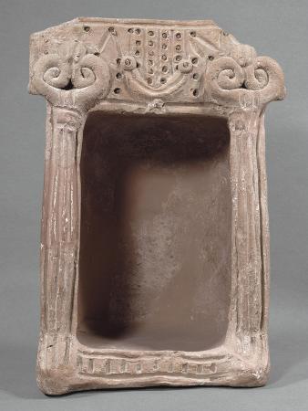 sanctuaire-domestique-parait-correspondre-a-un-culte-idolatrique-terre-cuite-rose