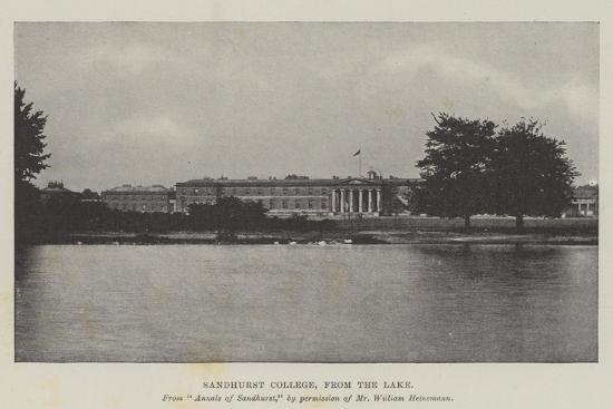 sandhurst-college-from-the-lake