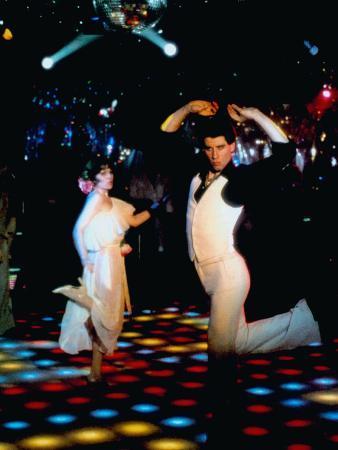 saturday-night-fever-john-travolta-front-1977