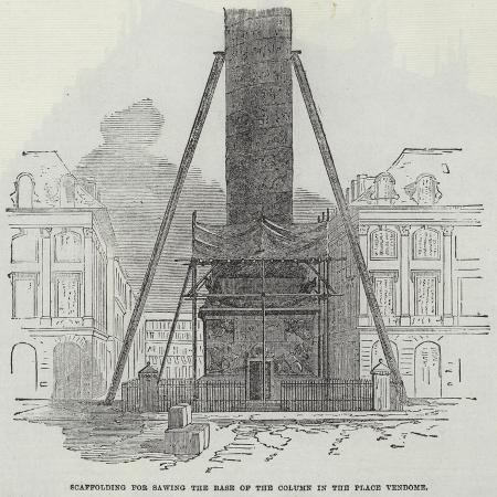 scaffolding-for-sawing-the-base-of-the-column-in-the-place-vendome