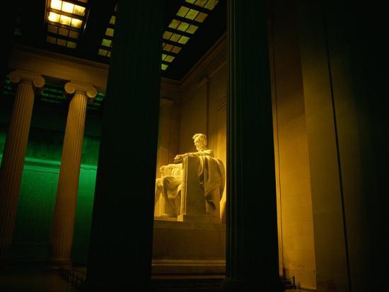 scott-sroka-an-interior-view-of-the-lincoln-memorial