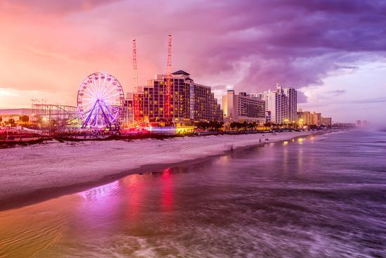 seanpavonephoto-daytona-beach-florida-usa-beachfront-skyline