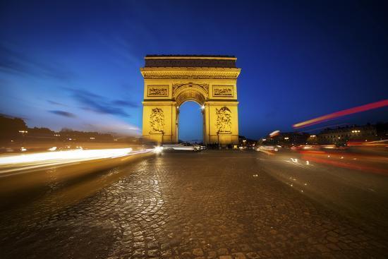 sebastien-lory-arc-de-triomphe-blue-hour