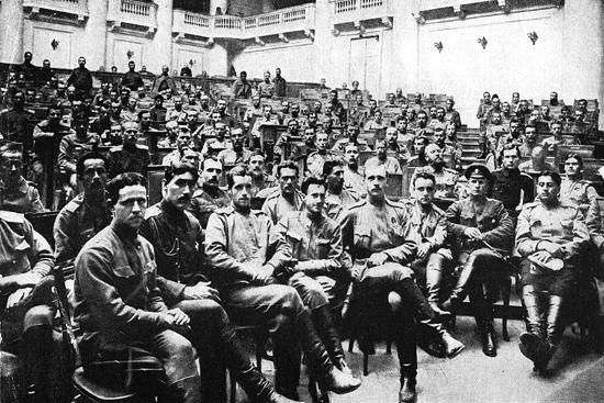 seizure-of-the-russian-parliament-in-petrograd-by-revolutionary-soldiers-russia-1917